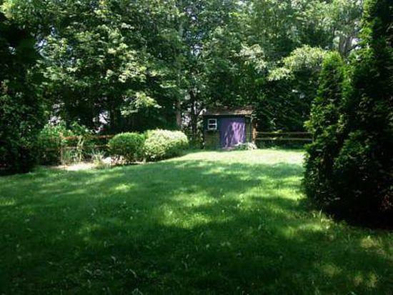 269 Narrow Ln, Charlestown, RI 02813