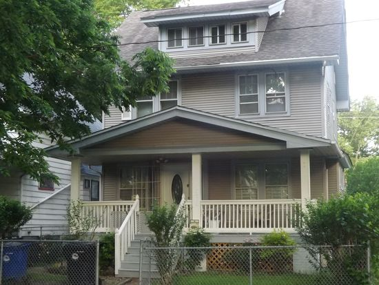 2076 W 83rd St, Cleveland, OH 44102