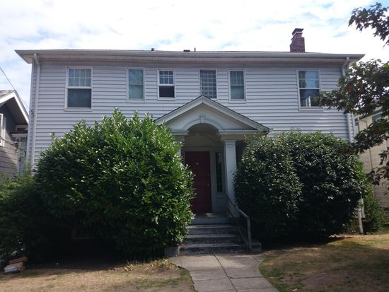 5206 20th Ave NE, Seattle, WA 98105
