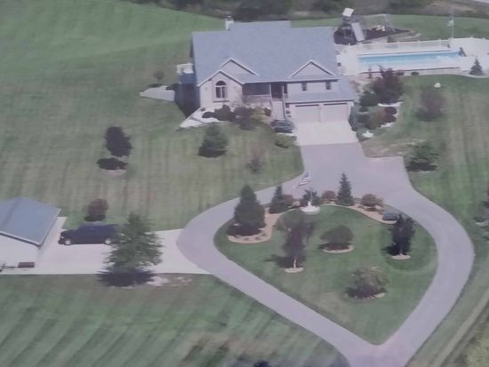 640 W Waits Rd, Kendallville, IN 46755