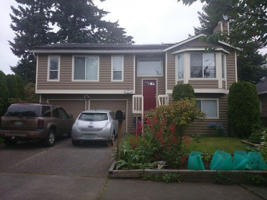 2832 NW 66th St, Seattle, WA 98117