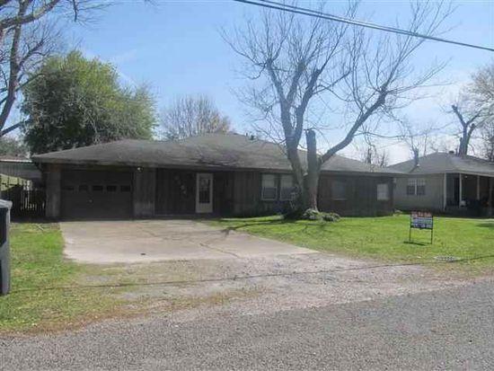 6184 Jackson St, Groves, TX 77619