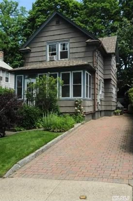 25 Irma Ave, Port Washington, NY 11050