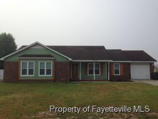 7878 Barfield Dr, Fayetteville, NC 28314