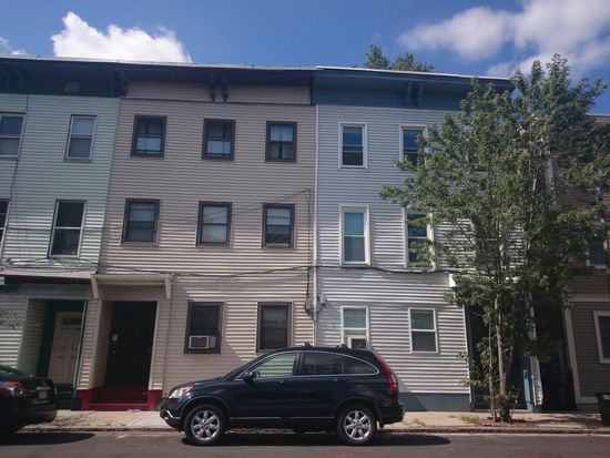 113 W 7th St UNIT 2, South Boston, MA 02127
