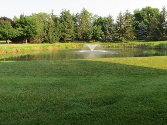 18750 Brookfield Lake Dr UNIT 26, Brookfield, WI 53045