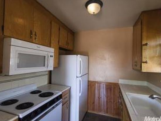 9037 El Cajon Way APT 4, Sacramento, CA 95826