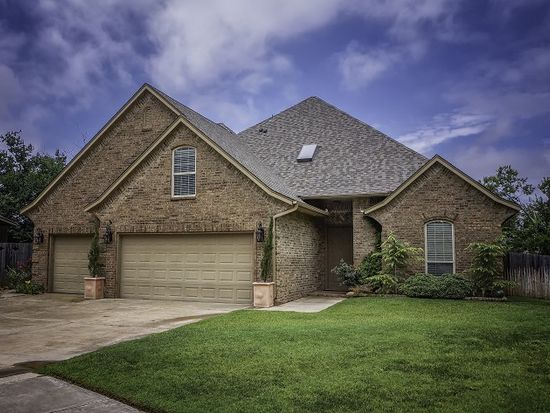 125 Napoli Ct, Norman, OK 73069