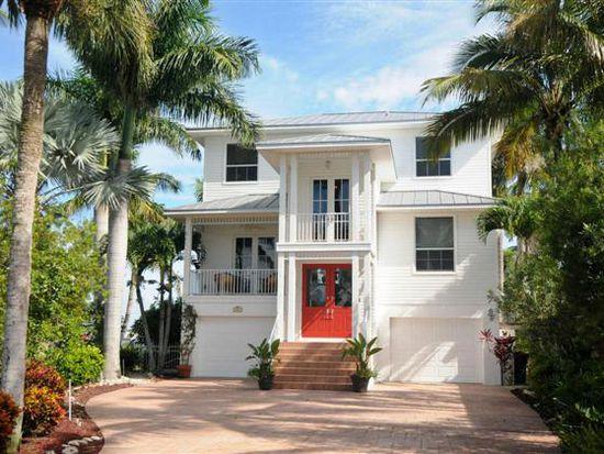 288 Ostego Dr, Fort Myers Beach, FL 33931