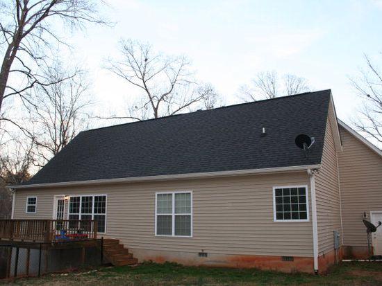 146 Lakecrest Dr NE, Milledgeville, GA 31061