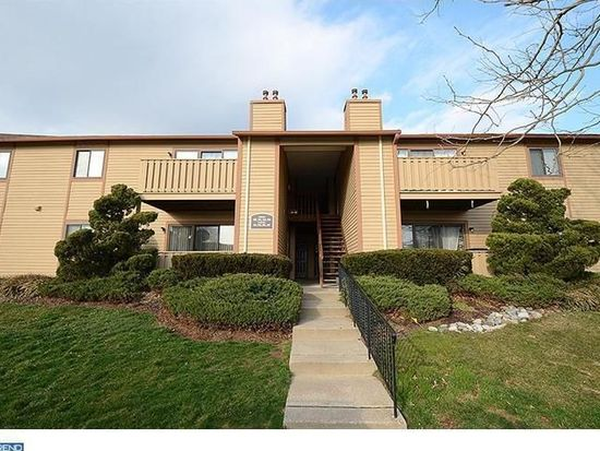 107 Hickory Ct, Lansdale, PA 19446