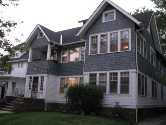 2847 E Derbyshire Rd, Cleveland Heights, OH 44118