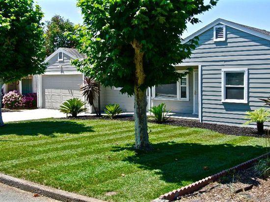2039 Evelyn Dr, Santa Rosa, CA 95404