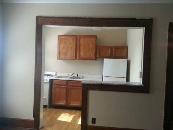 3323 Ingersoll Ave APT 305, Des Moines, IA 50312