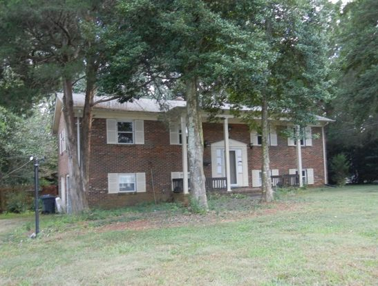 7620 Rolling Hill Rd, Charlotte, NC 28227