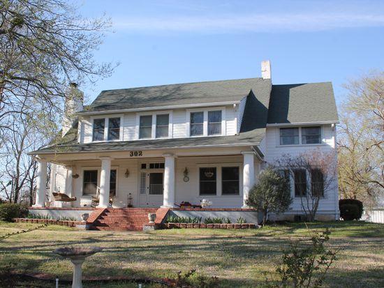 302 Cemetery Rd, Fort Gibson, OK 74434