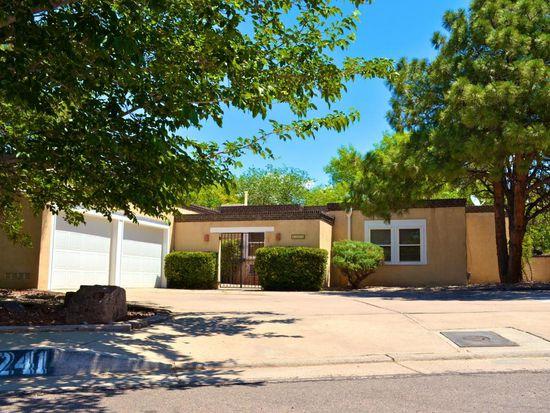 8241 Evangeline Ct NE, Albuquerque, NM 87109