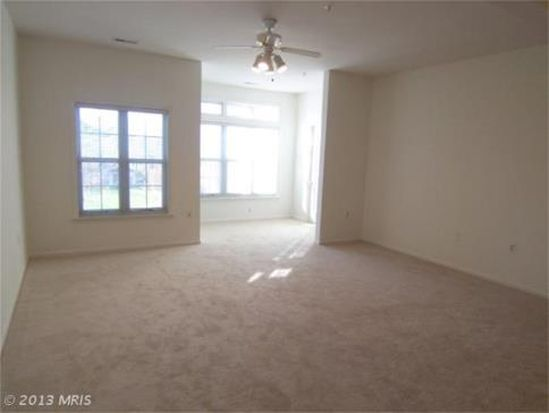 8926 Groffs Mill Dr # 8926, Owings Mills, MD 21117