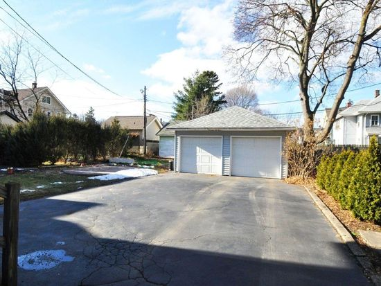 341 Rugby Ave, Rochester, NY 14619