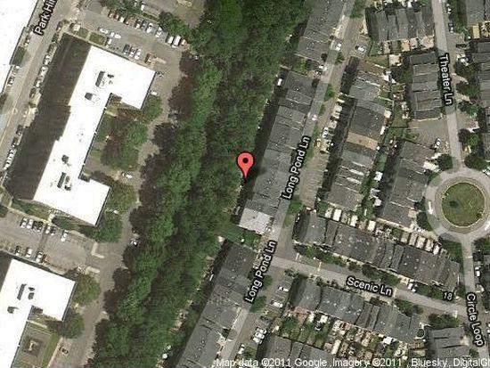 122 Long Pond Ln, Staten Island, NY 10304