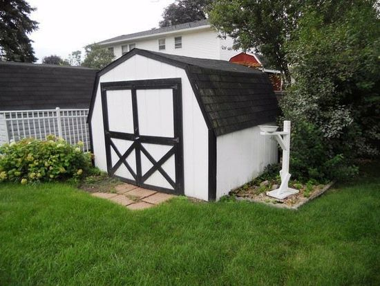 348 Dorchester Ln, Elk Grove Village, IL 60007