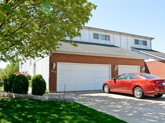 308 Starling Ct APT A, Bloomingdale, IL 60108