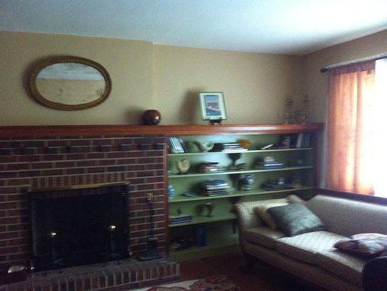 811 Mansion Dr, Hopewell, VA 23860