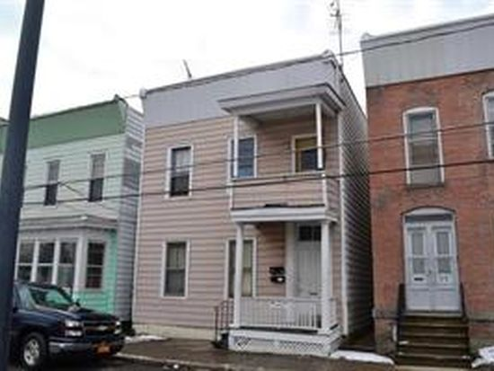 35 Lancaster St, Cohoes, NY 12047