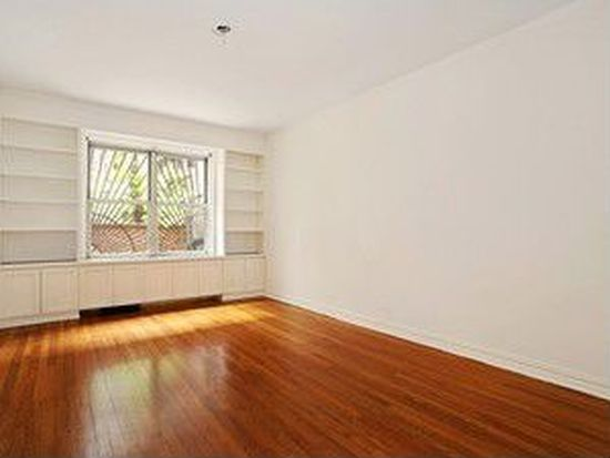 210 W 19th St APT 1J, New York, NY 10011