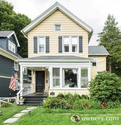 61 Lawton Ave, Hartsdale, NY 10530