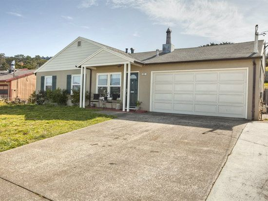 411 Perry Ave, Pacifica, CA 94044