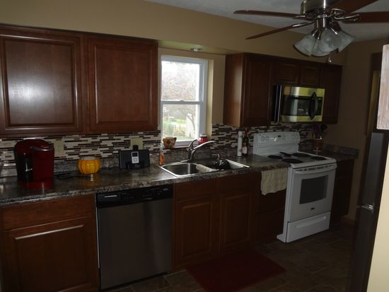 640 Eastwood Ave, Tallmadge, OH 44278