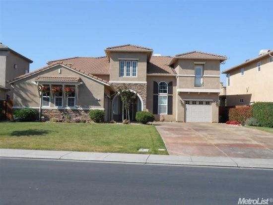 6137 Riverbank Cir, Stockton, CA 95219