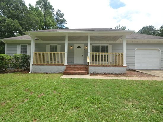 235 Lakeview Dr, Stockbridge, GA 30281
