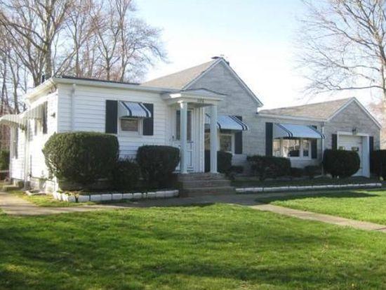 1116 Chaffee St, New Bedford, MA 02745