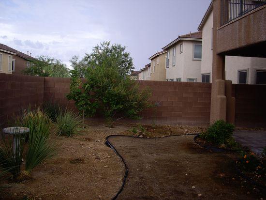 7572 Tressider Ave, Las Vegas, NV 89179
