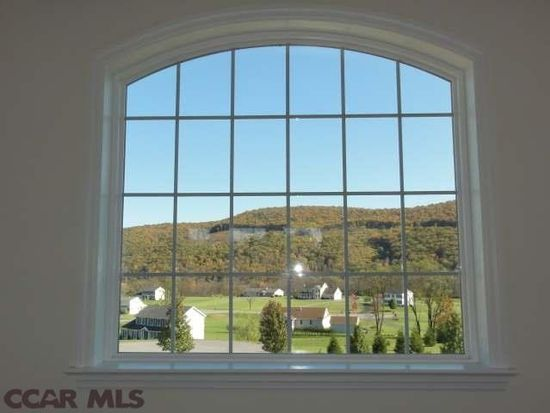 114 Fieldstone Ct, Spring Mills, PA 16875
