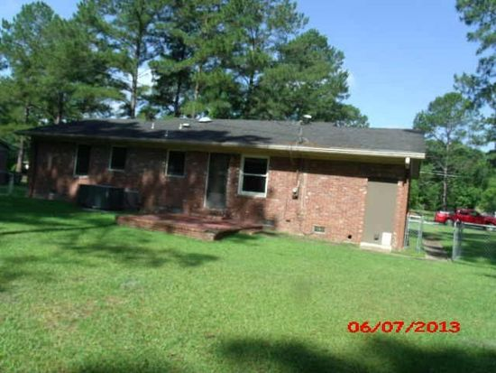 1409 11th St SW, Moultrie, GA 31768