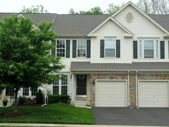 840 Geranium Dr, Warrington, PA 18976