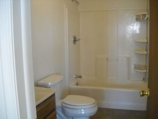 2129 5th Ave APT A, Greeley, CO 80631