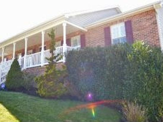 208 Ridgeview Meadows Dr, Gray, TN 37615