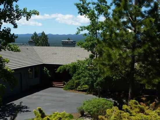2819 NW Three Sisters Dr, Bend, OR 97701