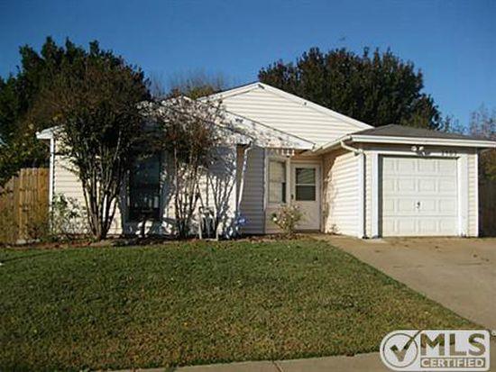 2409 Overbrook Dr, Arlington, TX 76014