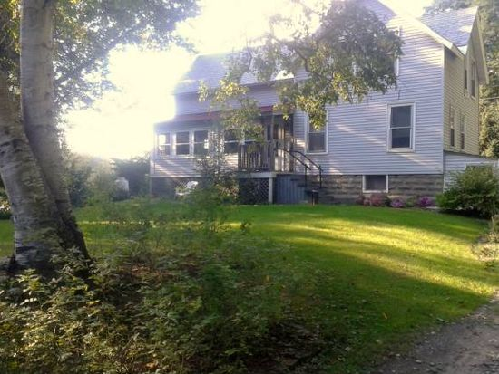 17 Mountain Rd, Hinsdale, NH 03451