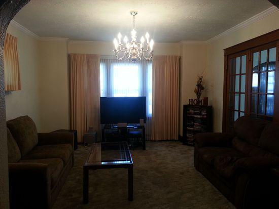 2261 Grand Ave, Niagara Falls, NY 14301