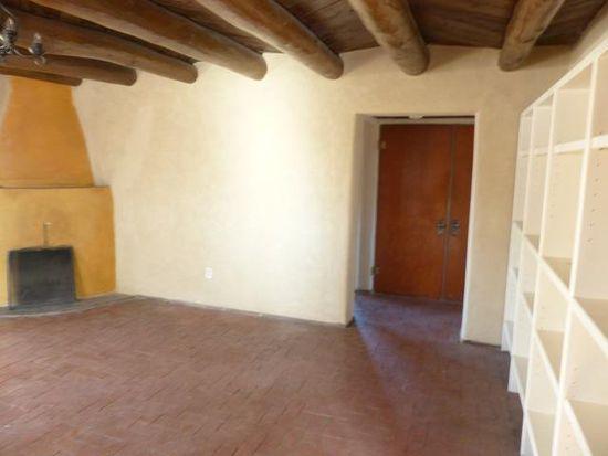 7 Chacon Pl NW, Albuquerque, NM 87104