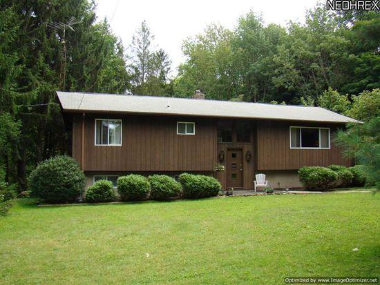 16741 Hart Rd, Montville, OH 44064