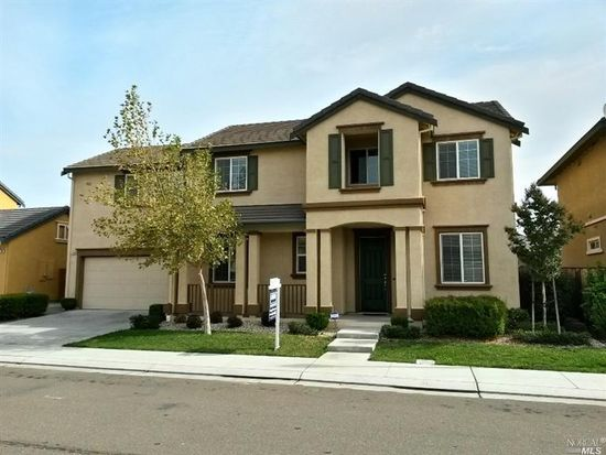 2114 Newcastle Dr, Vacaville, CA 95687