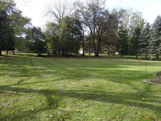 3325 Sunny View Ln, Brookfield, WI 53005