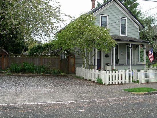 512 6th St, Oregon City, OR 97045